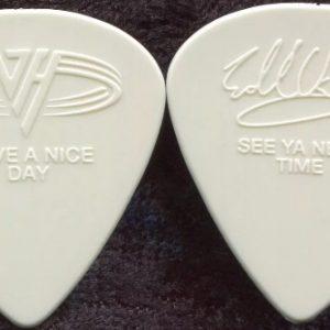 Van Halen 1998 VH III Concert Tour collectible Eddie Van Halen stage Guitar Pick